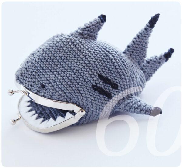 Strickanleitung für ein Haifisch Portemonnaie