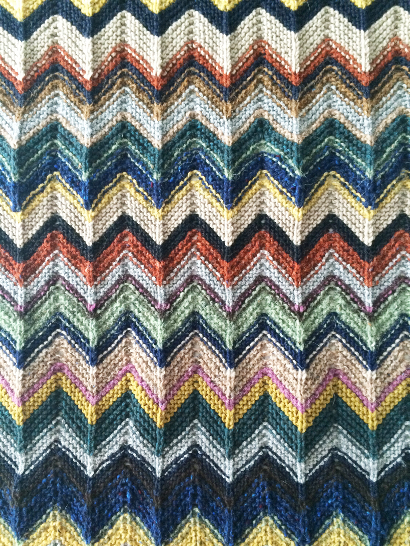 Zickzack Muster Schal stricken